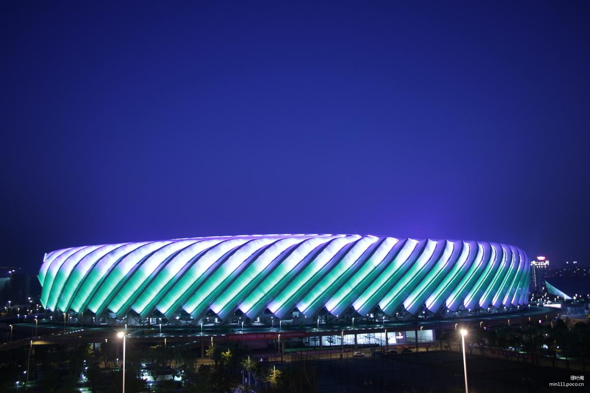 福州海峡奥体中心夜景,洗墙灯亮化,LED景观灯具